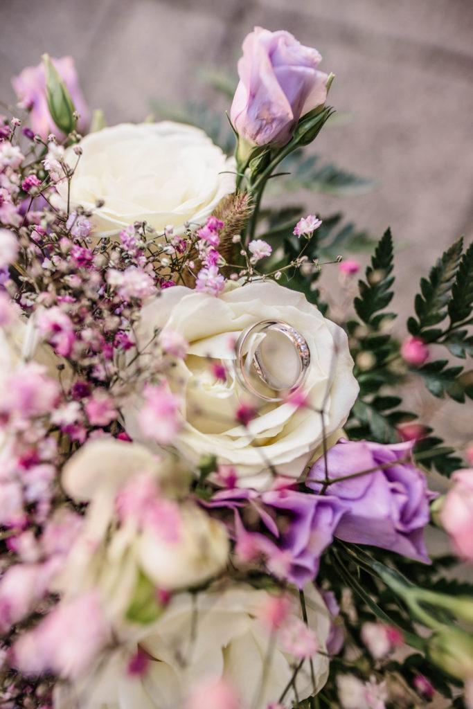 Svatebni fotograf Lednice Valtice Mikulov - Zamecka kaple Valtice - Penzion - zamecek La Veneria Valtice - svatebni foto-3682