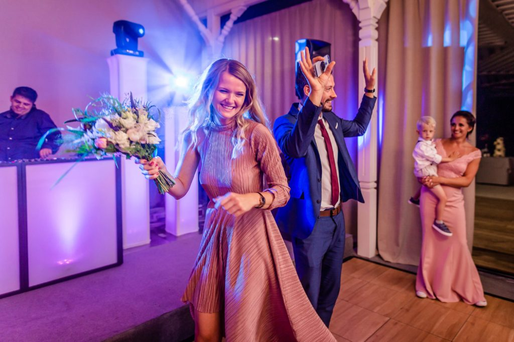 svatebni-svadobny-fotograf-kursalon-trencianske-teplice-60