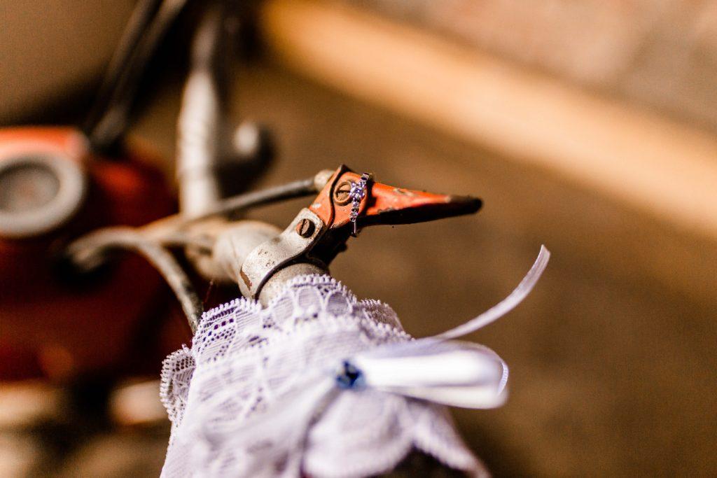 Svatebni-fotograf-Hodonin-Breclav-Kyjov-svatebni-foto-boho-styl-stodola-0177