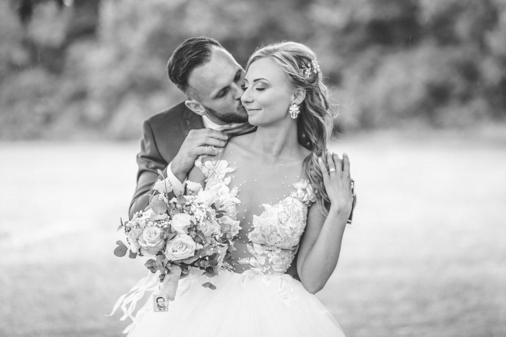 Svatebni-fotograf-Hodonin-svatby-ve-vinici-vinarstvi-vinne-sklepy-9721